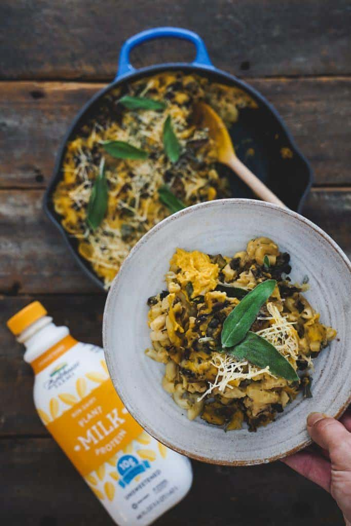 This flavourful vegan and plant-based recipe for creamy and fragrant pumpkin and sage bechamel is perfect for any holiday or winter meal!