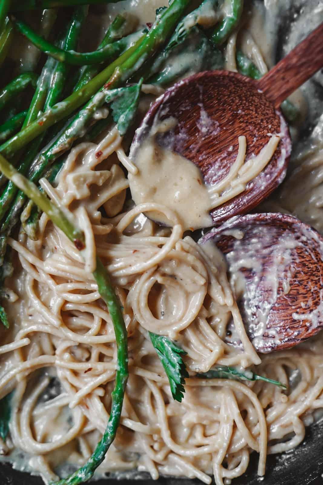 Close-up of creamy vegan white wine spaghetti sauce in pan