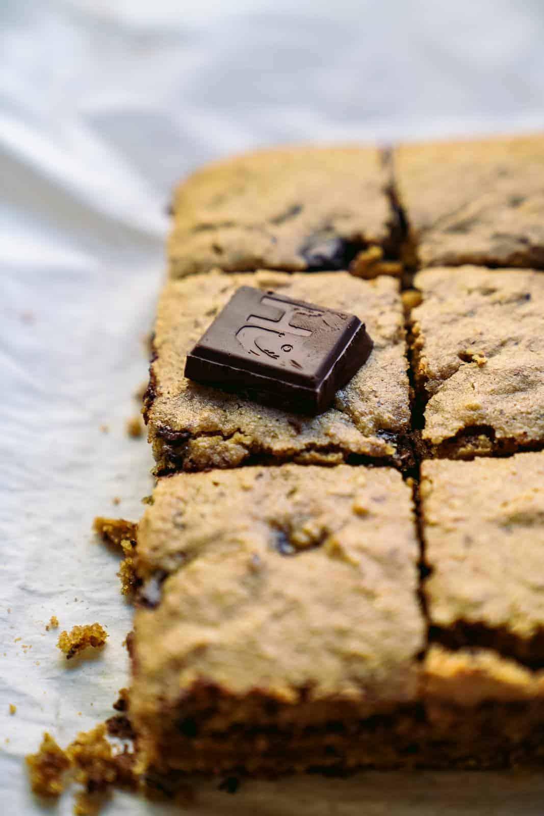 One Bowl Chocolate Chunk Vegan Blondies