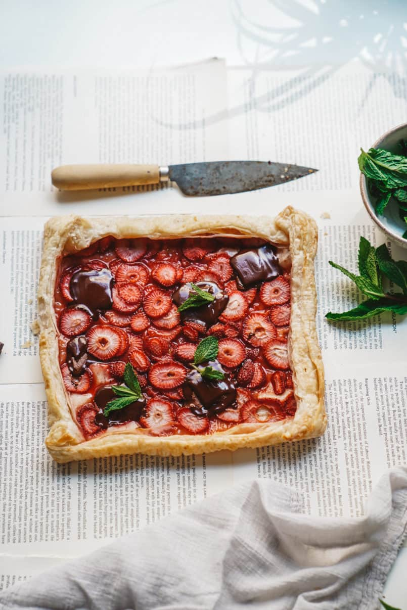 I'm baking up some bright, fresh, and oh so delicious summer vegan desserts, starting with this simple rustic vegan berry chocolate tart.