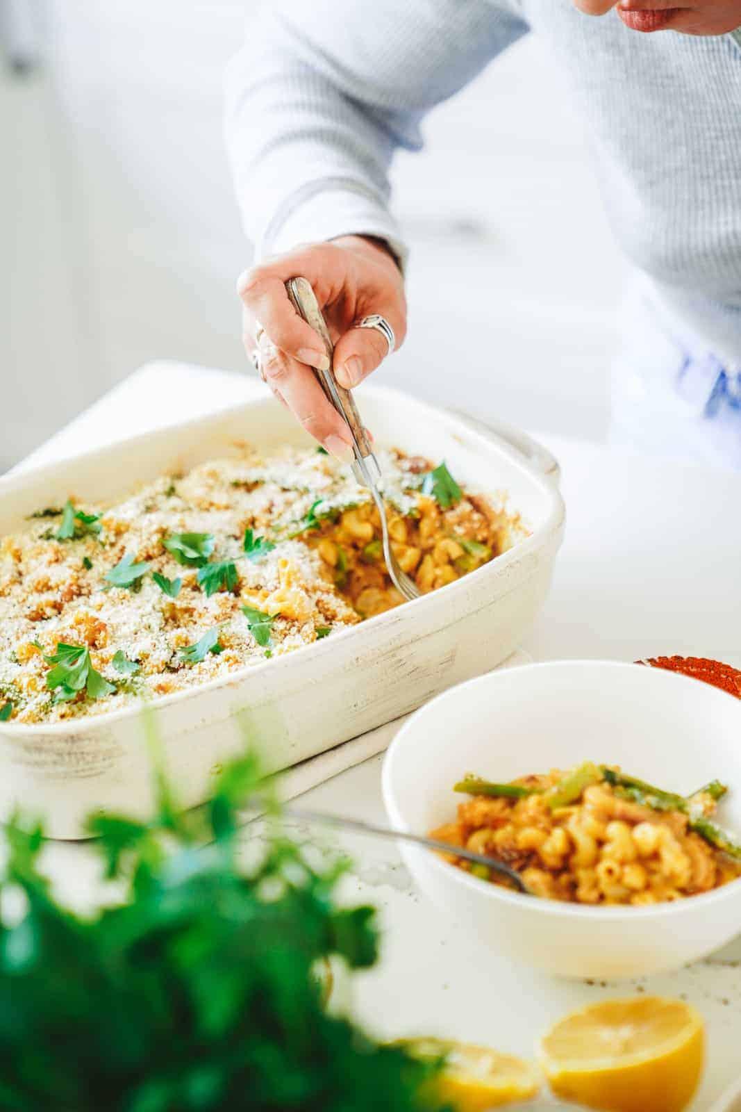 Creamy vegan tuna casserole