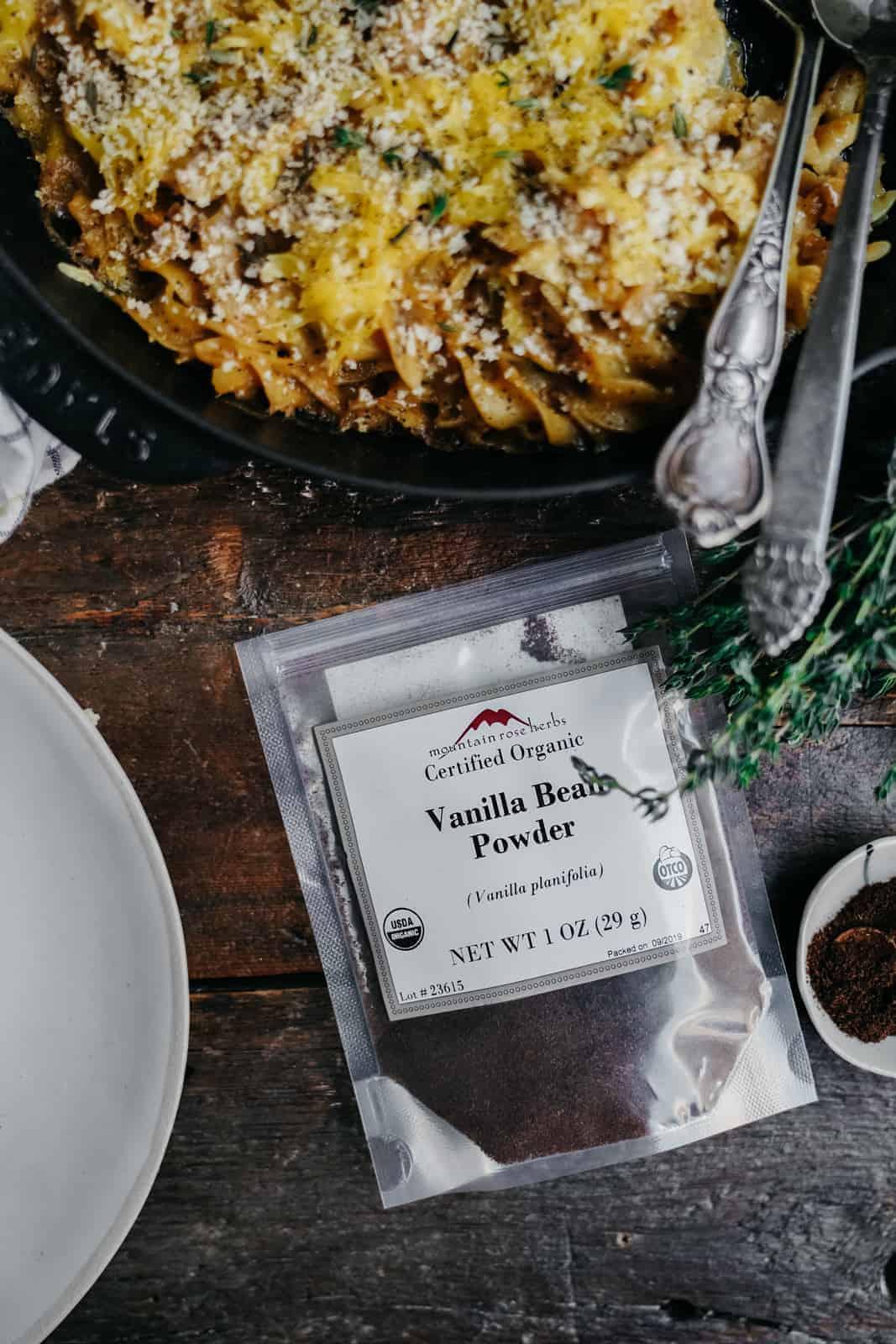 Vegan mac and cheese made with vanilla bean powder